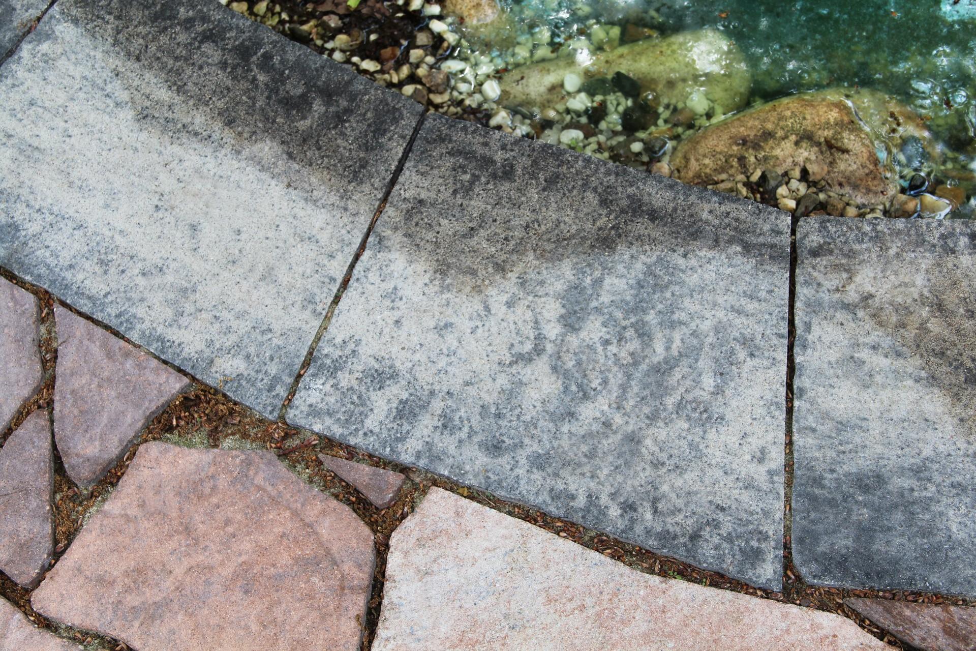 Lepení betonové dlažby