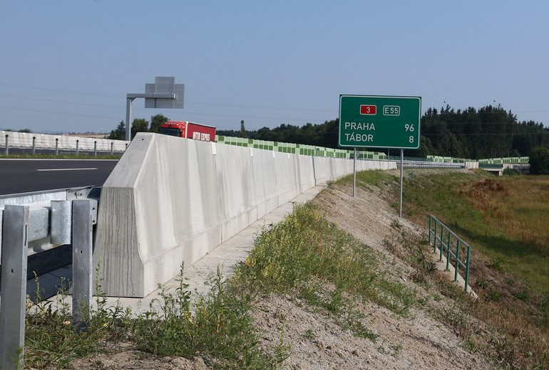 CSB - ROAD BARRIER ONE-SIDED 100